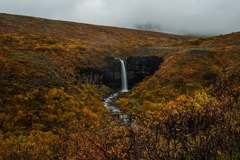 Top 18 Waterfalls of Iceland, around iceland in a campervan, best of Iceland, best waterfalls, Black Falls, Dettifoss, Dynjandi, East of Iceland, Fagrifoss, Gljúfrafoss, Gljúfursárfoss, Glymur, Gullfoss, Hafragilsfoss, Háifoss, Hengifoss, Iceland, Kirkjubæjarklaustur, Morsárfoss, North of Iceland, Öxaráfoss, roadtrip in Iceland, Selfoss, Seljalandsfoss, Skaftafell National Park, Skógafoss, South of Iceland, Svartifoss, Systrafoss, waterfalls of Iceland, West of Iceland, Þingvellir National Park