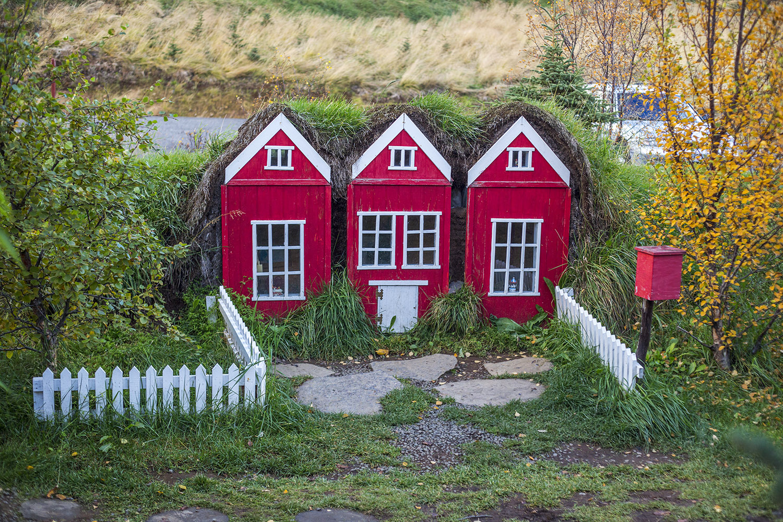 Akureyri, around iceland in a campervan, best of Iceland, East of Iceland, elf house, Huldufólk House, Hvitserkur Rock, Iceland, Icelandic sheep, Jökulsárlón Lagoon, Laufskalavarda, North of Iceland, Northern Lights, roadtrip in Iceland, Skaftafell National Park, Sólheimasandur, South of Iceland, West of Iceland, Þingvellir National Park