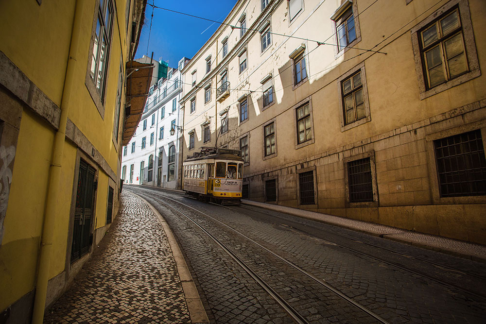 lisbon, portugal, europe, alfama, lisbon streets, tram 28; Lisbon Tram, Lisbon tram 28; european, europa, lisboa, европа, лиссабон
