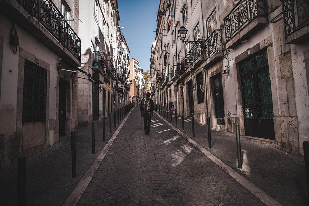 alfama, architecture; architecture in lisbon; lisbon architechture; buildings in lisbon; alfama lisbon; alfama portugal